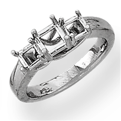 Lds Princess Cut Three Stone Ring